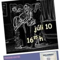 A július 10-i, vasárnapi Kék Pont Színháztréning is nyitott még bárki előtt, a Fogasházban