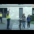 Rendőrök, közterület-felügyelők és polgárőrök is segítik az iskolák környékén a közlekedést
