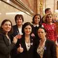 Parlamenti, ellenzéki képviselő hölgyek!