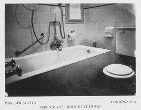 Régi kép az egyik fürdőszobáról. Forrás: Magyar Építőművészet.