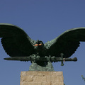 Sokkolta a turulos művészt a magyarországi hisztéria