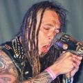 Tomi Joutsen és a jó kis steam punk mikrofonja