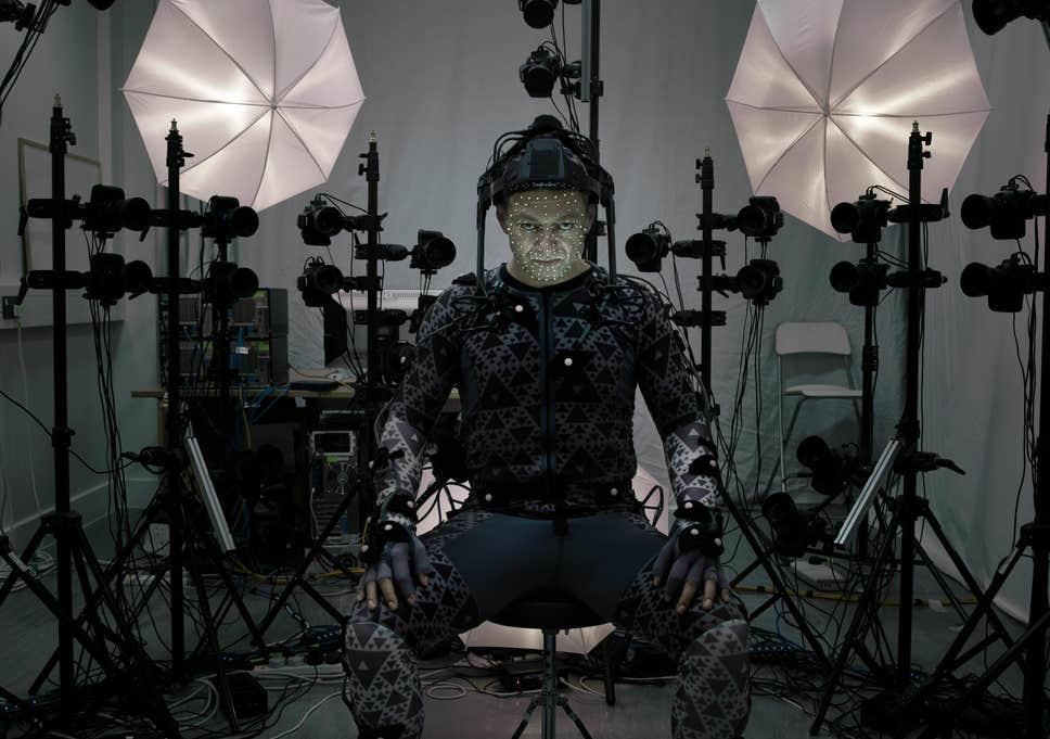 andy-serkis-in-motion-capture-as-supreme-leader-snoke-in-star-wars-the-force-awakens.jpg