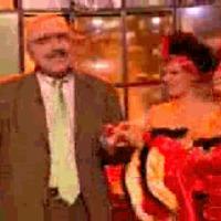 Táncolj, bajusz!