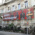 Gyurcsány és Portik együtt lóg a Fidesz székházon
