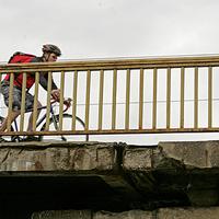 Kihagyták a kerékpárút felét a Margit híd felújításából