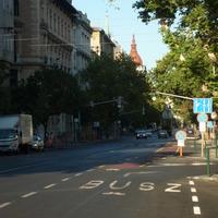 Kísérleti jellegű bringaút a Parlamentnél