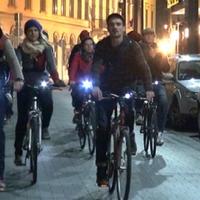 Éjszaka, biciklin is lehet várost nézni