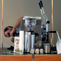 Bagaméri kávézni megy