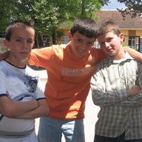 Albán gyerekek - Frissítés Klosban
