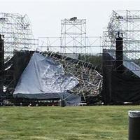 Torontó - Radiohead koncert előtt omlott össze a színpad, egy halálos áldozat - FRISSÍTVE!