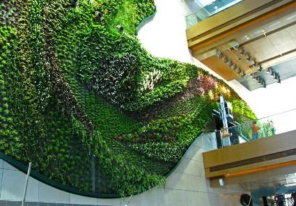 icon_hotel_hong_kong_polytechnic_university_vertical-wall-garden.jpg