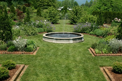 Fountain-garden-landscape-design-water-feature-on-fotopedia.jpg