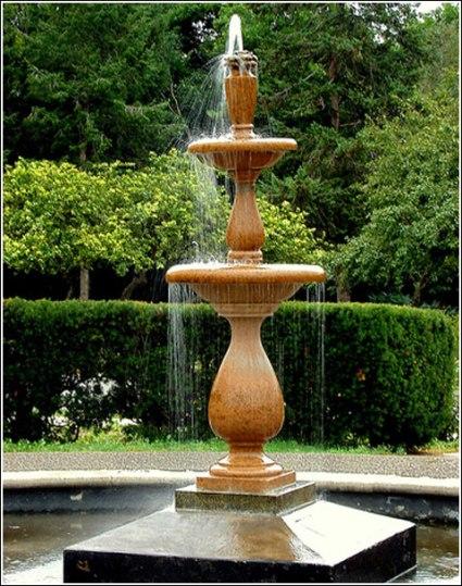 Home gardens fountain designs. (2).jpg