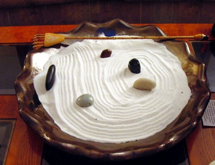 Zen-garden_b.jpg