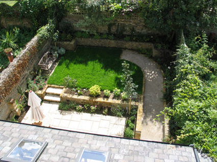 Kert szked s akad lymentesen megyeri szabolcs kert sz blogja for Garden design ideas for disabled