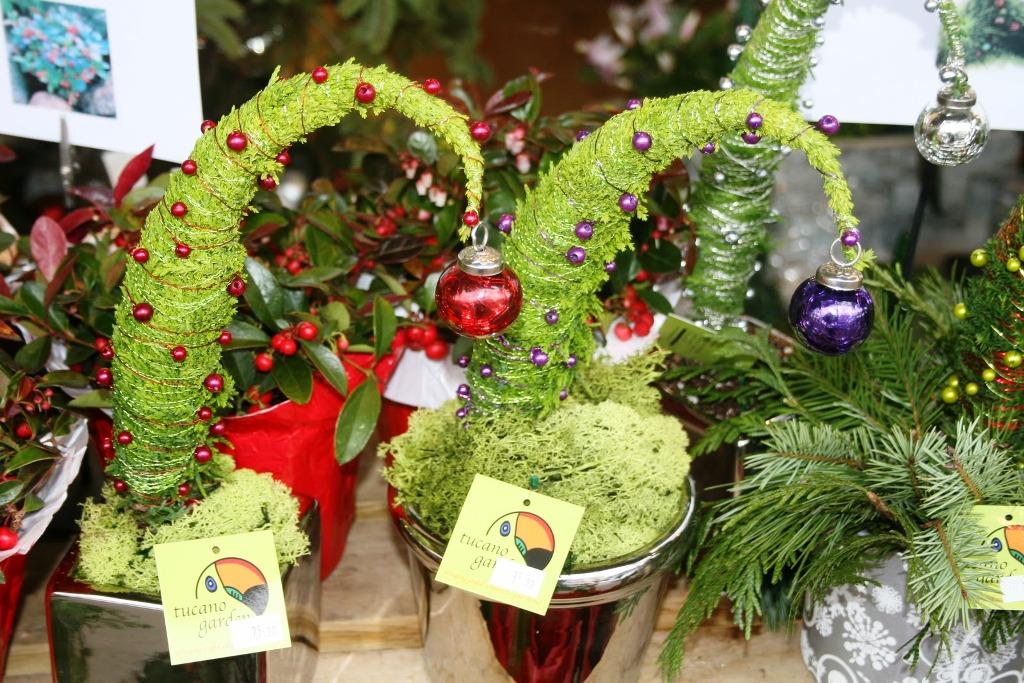 grinch-tree-decorations.jpg