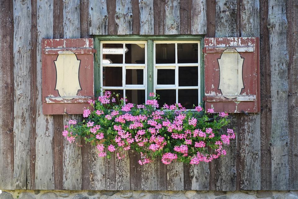 window-1567765_960_720.jpg