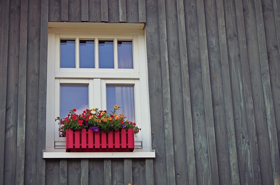 window-1601423_960_720.jpg