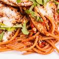 Spagetti narancsos sültpaprika mártásban