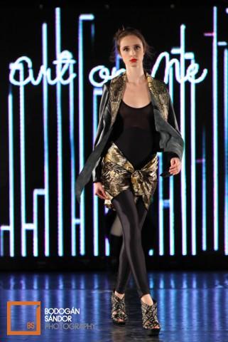 budapest-fashion-week-2012-3-nap-akvarium-klub-divatbemutato_233660238c6e1a95b2bb.jpg