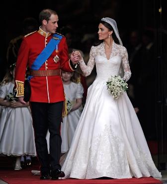 Királyi esküvő-Kate ruhája