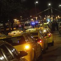 Szabad piac, Fidesz, Uber, taxisok