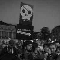 Bayer Zsolt mutatja meg a magyar valóságot!