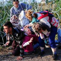 Ha háborút indítunk a menekültek ellen, vállalni kell majd a felelősséget az áldozataiért is