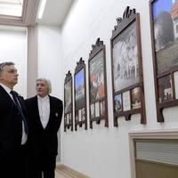 Orbán szerint nem a pénz, hanem a saját tehetségünk az alkotás korlátja