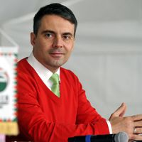 Hatalmi érdekből rúgna a tanulatlanokba a Jobbik