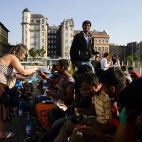 Te, aki szembeállítod a szegény és menekült embereket, nem adnál nekik inkább enni?