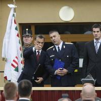 Tényleg csak a sajtó kontroll nélküli cenzúrájával lehet megvédeni a magyar családokat?