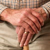 Nyugdíjasok szövetkezzetek!