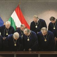 A Fidesz átvágta az LMP-t az új alkotmánybírók jelölésénél?