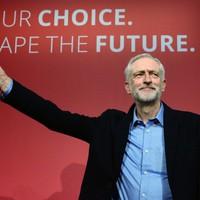 """Jeremy Corbyn első száz napja – Mi változott eddig a """"vörös Munkáspárt"""" alatt?"""