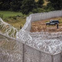 Nem akarunk új vasfüggönyt a szerb határra! Emberséges és hatékony megoldást a menekültkérdésre!