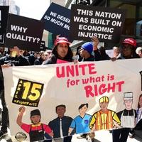 Gyorséttermi dolgozók lehelnek lelket a munkásmozgalomba