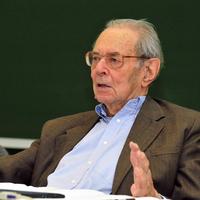 TGM: Kornai János és a portugáliai államcsíny
