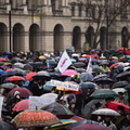 Nem lesz kormányváltás március 15-én, de a kormányról lesz szó