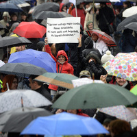 Éljen a polgári engedetlenség! Éljen a sztrájk!