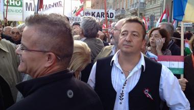 A román Bayer Zsolt cikke a magyarokról