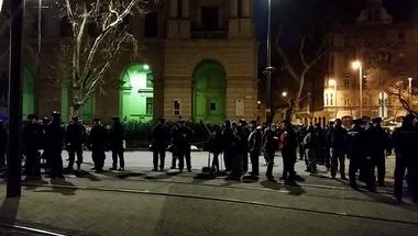 Jön Merkel, Orbán ellen tüntetnek! - Kövesd az eseményeket percről percre!