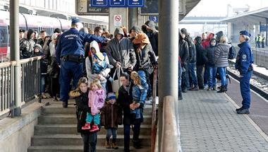 """A koszovóiak mágikus átváltozása """"jó menekültekből"""" """"rossz"""" gazdasági bevándorlókká"""