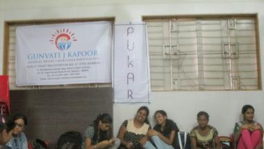 A Közélet Iskolája Indiában - Pukar, tudásteremtés alulnézetből