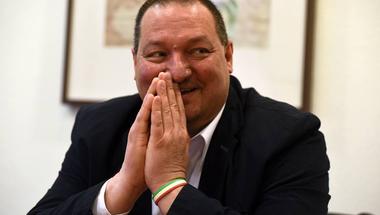 Kivonult a Fidesz, hogy ne vizsgálhassa a Nemzetbiztonsági bizottság a kormányhonlap orosz kódját