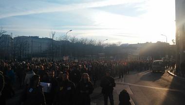 A korrupció ellen tüntetnek az V. kerületben - percről percre