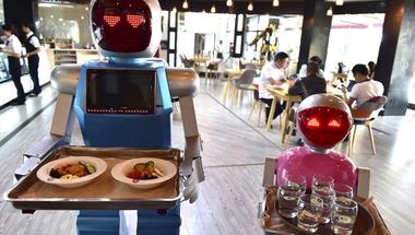 Adóztassuk meg a robotokat?