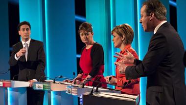 Brit választási vita: Már az EU-s bevándorlást korlátoznák a pártok