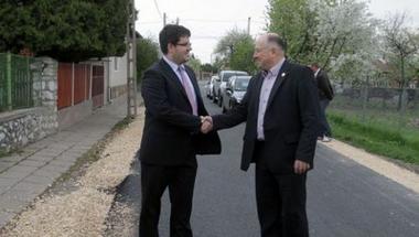Miskolci Fideszes önkormányzati képviselő magának 12 trafikot és 76 millió forint, választóinak 20 milliót szerzett